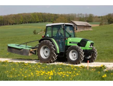 Трактор DEUTZ-FAHR Agrolux, отмеченный премией за инновации